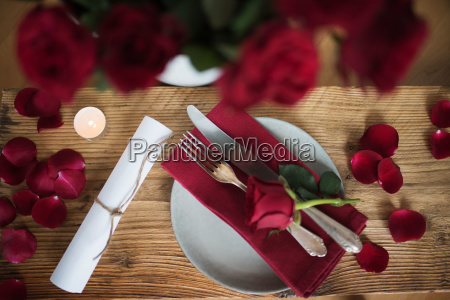 romantic table decoration for valentines day