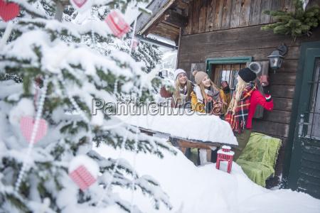 OEsterreich altenmarkt zauchensee freundinnen feiern zur
