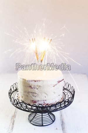 red velvet cake with buttercream burning