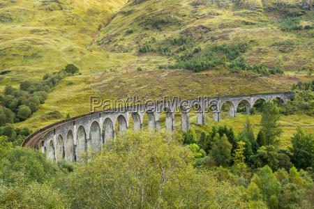 grossbritannien schottland schottisches hochland glenfinnan viaduct
