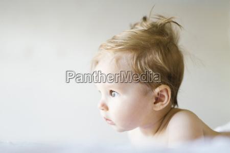 bett portrait portraet potrait horizontal baby