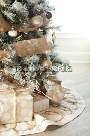 party feier fest geschenk senkrecht tradition