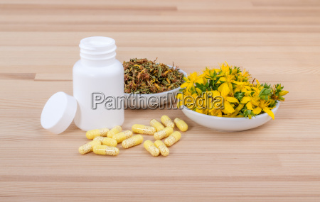 blooming and dried st johns wort