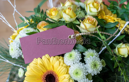 bouquet with yellow and white roses