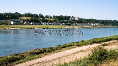 view of loire river with ile