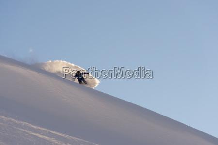 snowboarden im pulverschnee st moritz graubuenden