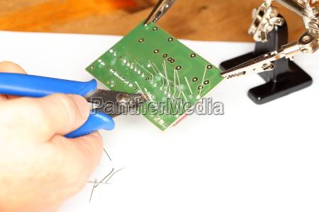 platine mit elektronik bearbeiten