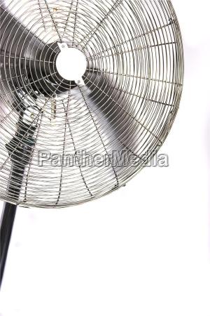 ventilator mit laufendem propeller