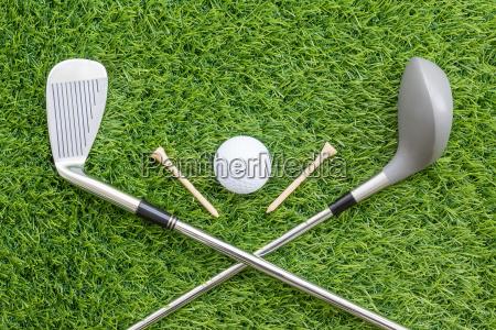 sportobjekte im zusammenhang mit golfausruestung