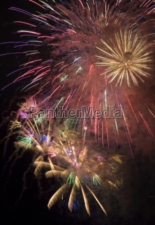 farbe nacht nachtzeit feiern feiernd feiert