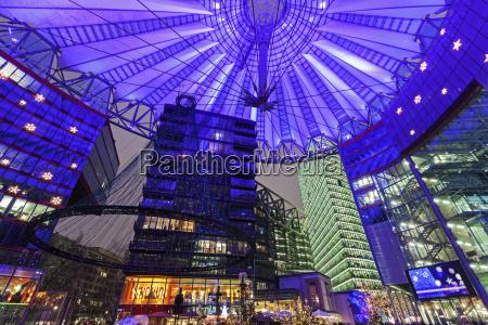 blau fahrt reisen architektonisch innen stadt