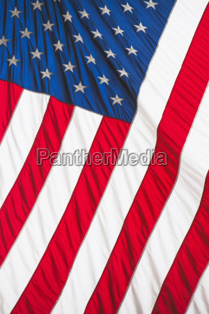 blau freiheit ungebundenheit fahne senkrecht flagge