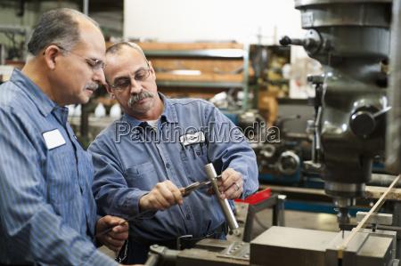 werkzeug industrie maschinerie horizontal handwerkszeug herstellung