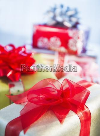 studio shot weihnachtsgeschenke
