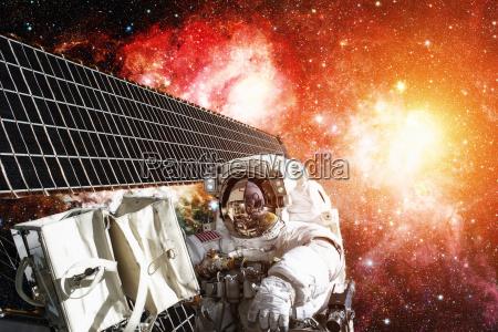 astronaut auf weltraummission elemente dieses bildes