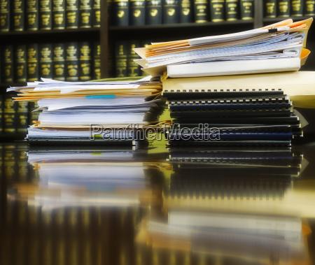 horizontal gesetz stapel waagerecht stack abheften
