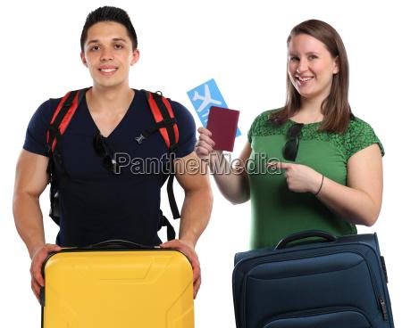 junge leute mit koffer reise reisen