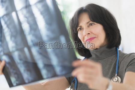 arzt mediziner medikus portrait portraet potrait