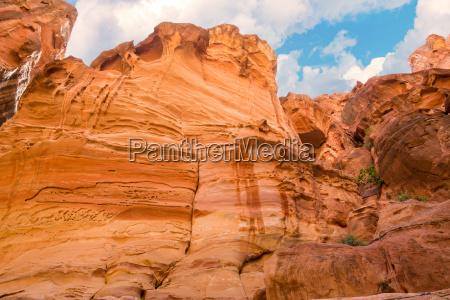 the siq canyon petra jordan country