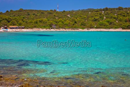 idyllic turquoise beach sakarun on dugi