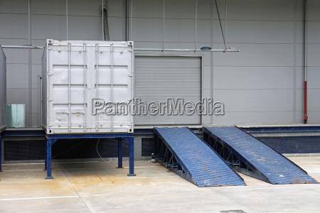 laderamp container