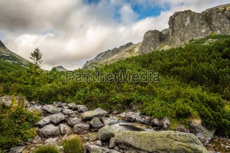 berge landschaft natur huegel tal reichweite