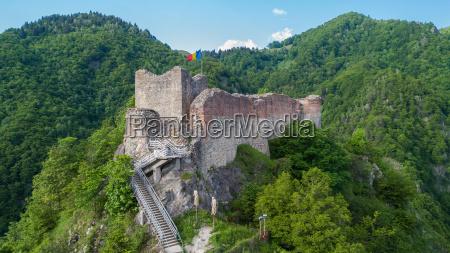 ruined poenari fortress on mount cetatea