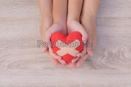 gesundheitswesen liebe organspende familienversicherung und csr