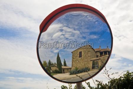 landhaus im spiegel montalcino toskana italien