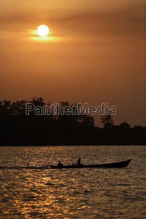 boat on sungai sekonyer river in