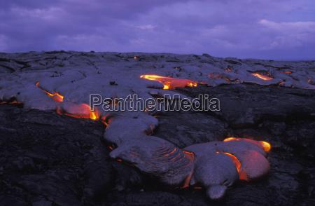 lavastrom des vulkans kilauea pahoehoe lava
