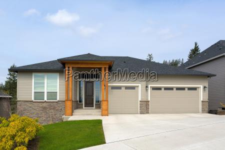 new custom built home in suburban