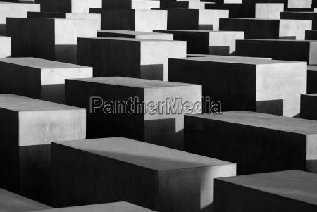 betonquader stelen des holocaust mahnmals