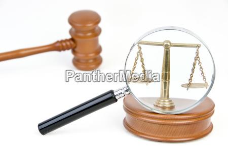 symbolbild rechtswesen gesetze