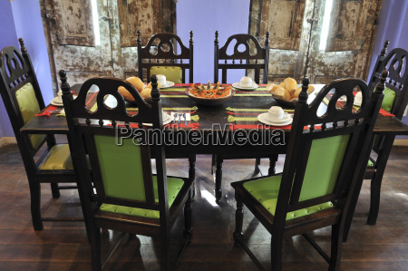 cafe food aliment dining table inside