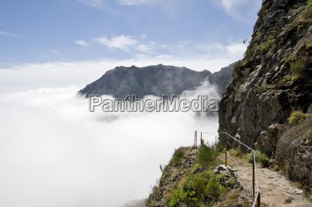 hiking trail from pico do arieiro