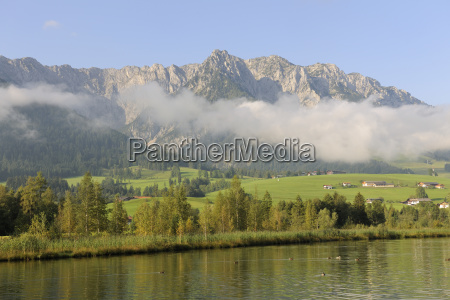 zahmer kaiser and walchsee from camping