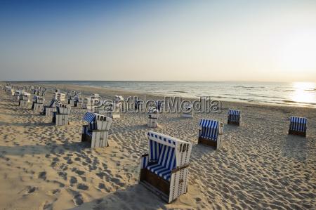 strandkorbe am strand list
