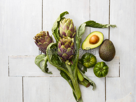 artichokes green tomatoes and sliced and