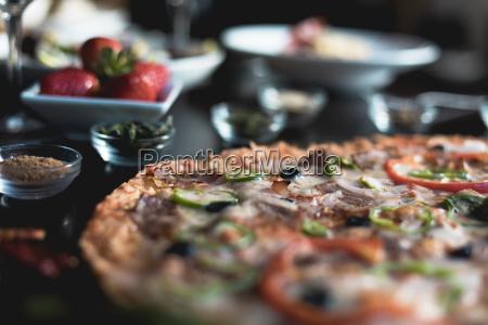 italian food pizza