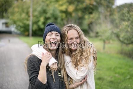frau menschen leute personen mensch lachen