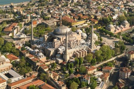 fahrt reisen religion kirche stadt metropole
