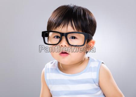 Baby Junge Tragt Mit Schwarzer Brille Stock Photo 24733910 Bildagentur Panthermedia