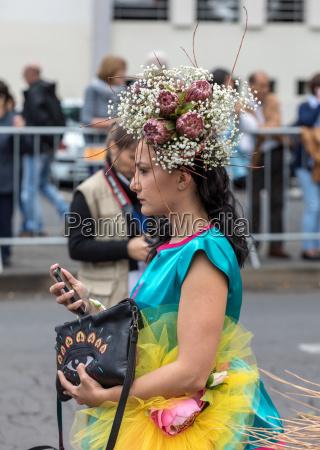 jaehrliche parade des madeira flaeserfestivals