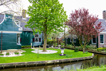 traditionelle hollaendische haeuser in zaanse schans