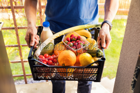 online grocery shopping service concept