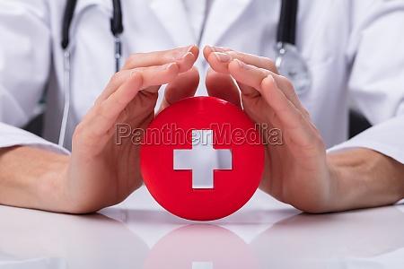 doktor der zeichen der ersten hilfe