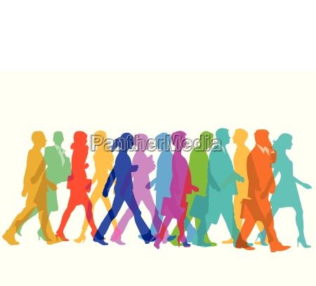 farbenfrohe personengruppe gehen