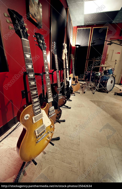 gitarren, im, musikstudio - 25042634