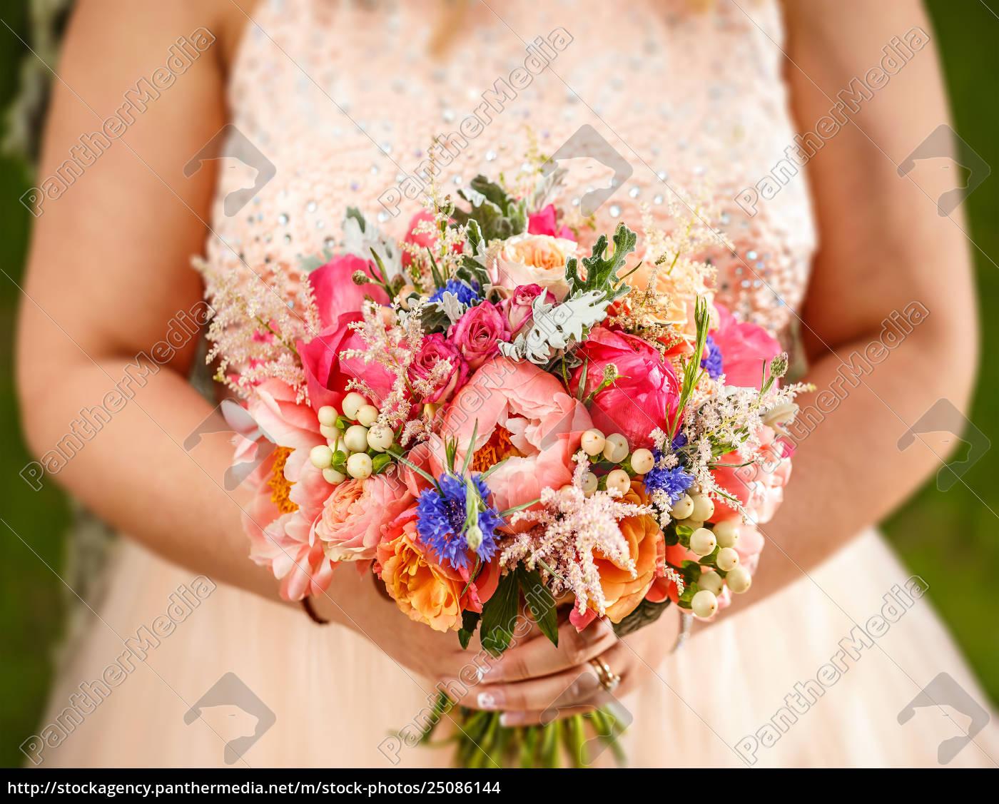 Beauty Hochzeitsstrauss Lizenzfreies Foto 25086144 Bildagentur